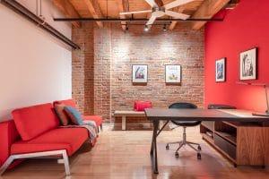 Rénovation loff vieux montréal par designer bureau haut de gamme